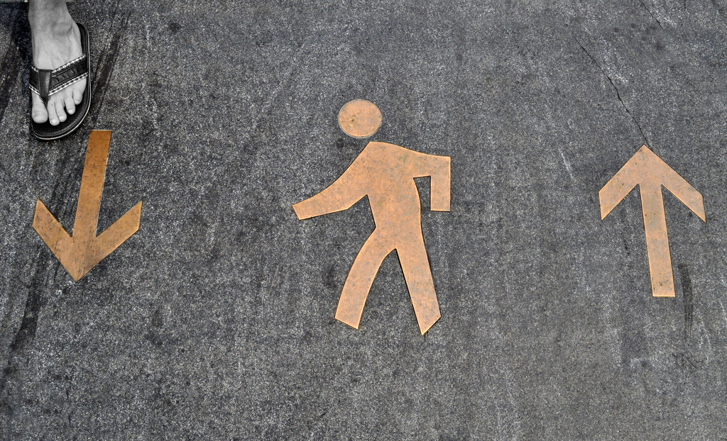 Being active by walking improves cancer survival